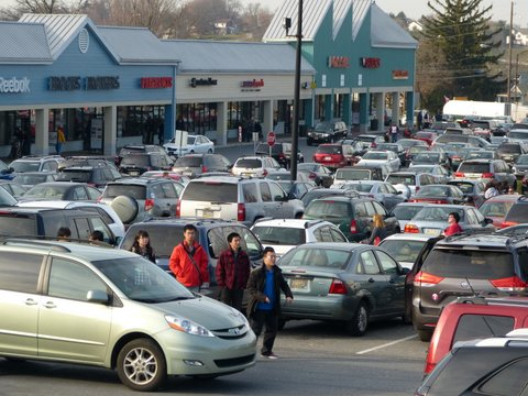 Tanger Outlets parking lot at Christmas