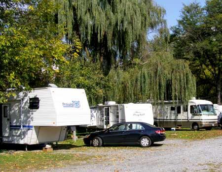 Mill Bridge Camp Resort - Pequea Robin