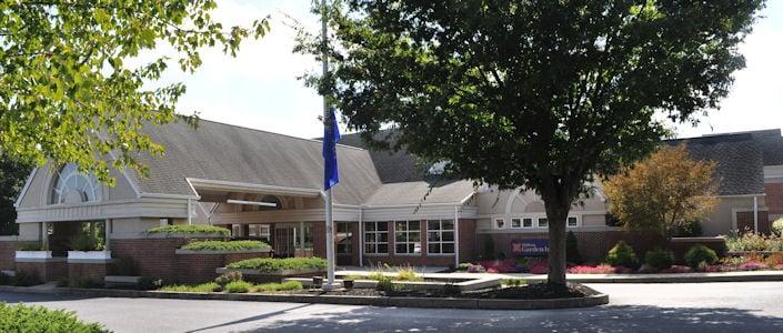 Hilton garden inn lancaster pa hotel hotels for Country living inn lancaster