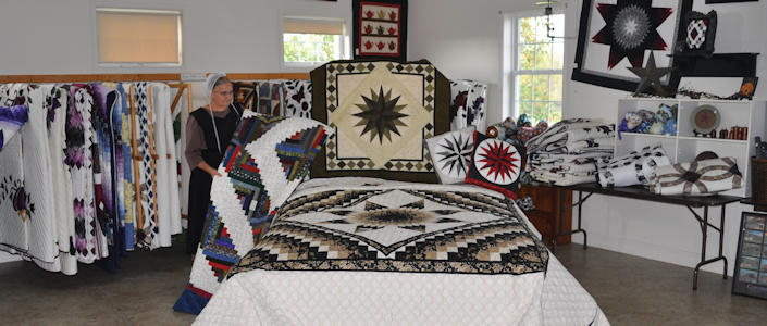 Amish Quilts From Smuckers Quilts Amish Owned Quilt Shop Quilts
