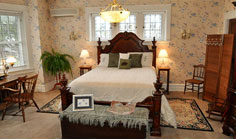 Olde Square Inn Bed & Breakfast
