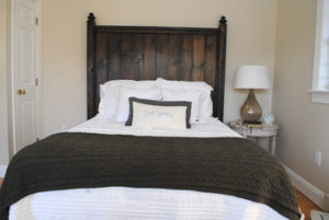 The Cottage and Loft - Cottage Bed