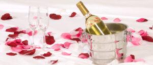 Champagne Rose Petal Bed Inn & Spa Intercourse