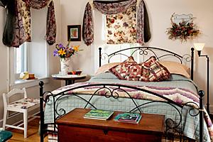 Artist's Inn Garden Suite - Terre Hill, PA