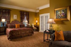 guest-room-inn-leola-village