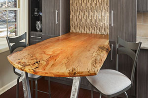 joel-baer-table
