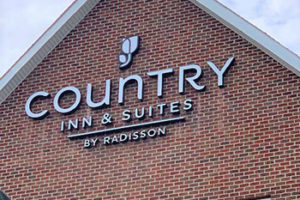 country-inn-suites-exterior-logo