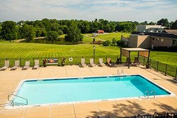 hershey-farm-pool