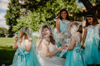 fern-fountain-bride-flower-girls