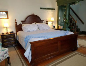 alden-house-parlour-suite