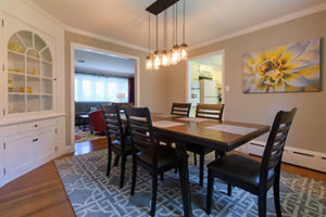 smithton-guest-house-diningroom