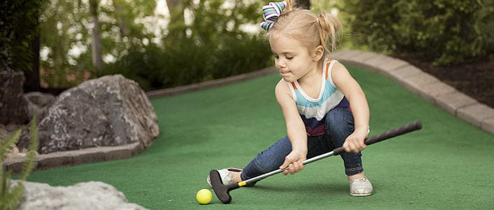 Things to do in Lancaster, PA with Kids - Mini Golf